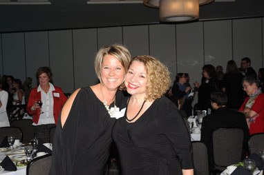 Shannon Nedds and Susie Black at the OEF Awards Banquet